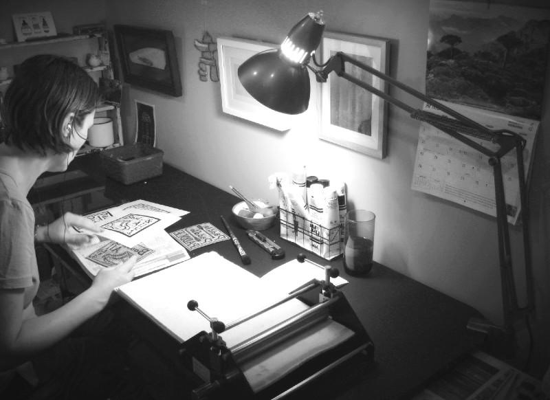 Margaret White Art New Zealand in her studio