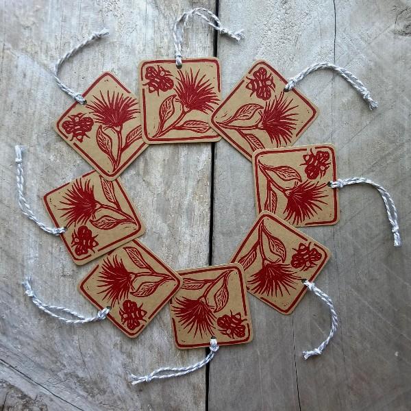 New Zealand Artist Shop - Handmade New Zealand Gift Tags Pohutukawa